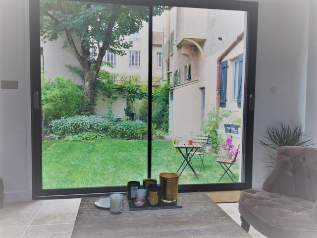appartement 3 chambres +jardin.